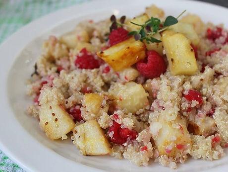 quinoa and raspberry salad