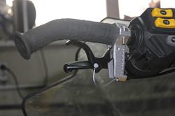 Установленный курок газа