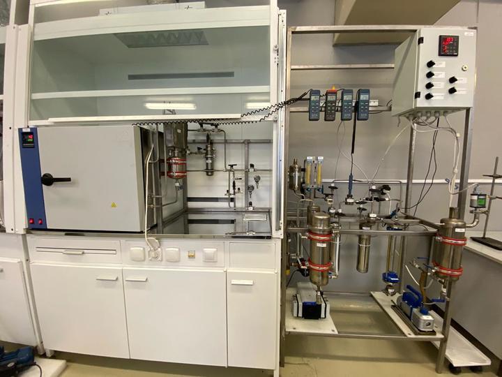 Лабораторная установка для проведения испытаний сорбентов.