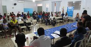 Haitianos contam com associação e ganham curso de Português