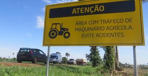 Sociedade Rural e Sindicato Rural orientam motoristas e operadores