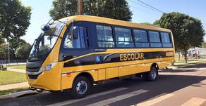 Maripá recebe novo ônibus para transporte escolar