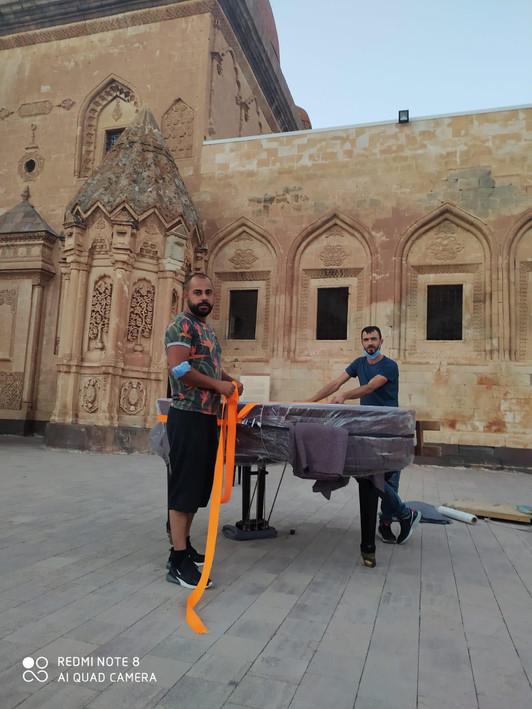Kuyruklu Piyano Taşıma.jpg