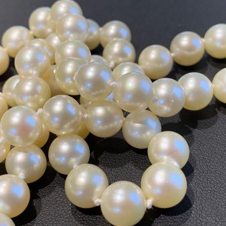 June: Pearls, Alexandrite, & Moonstone