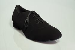 נעליים אלגנטיות שחורות