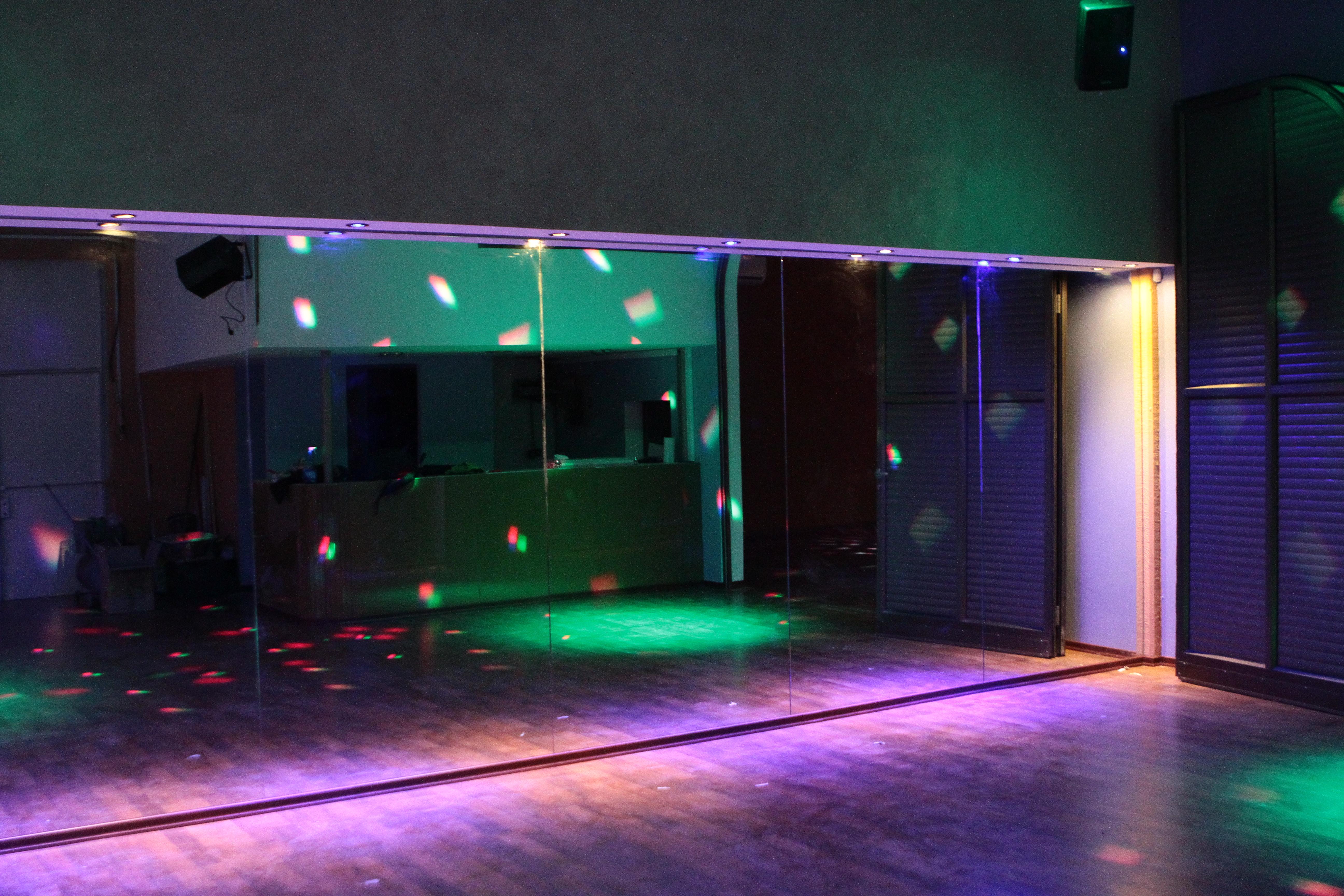אחד האולמות