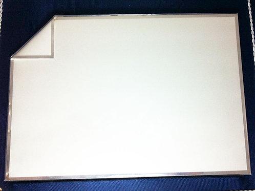 Placa de Prata 17cm x 25 cm com estojo em tecido azul marinho
