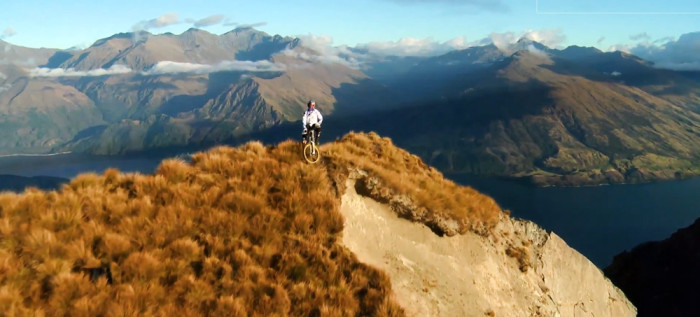 Mountain-Bike-Downhill-in-NZ-Brook-MacDonald-2012-700x317