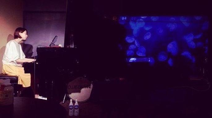 solo live.jpeg