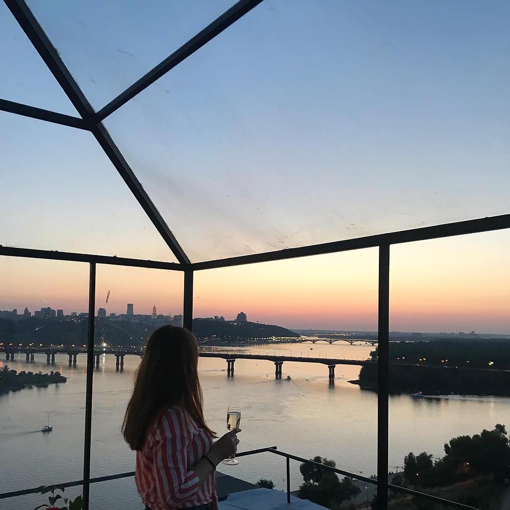 ужин на крыше в Киеве