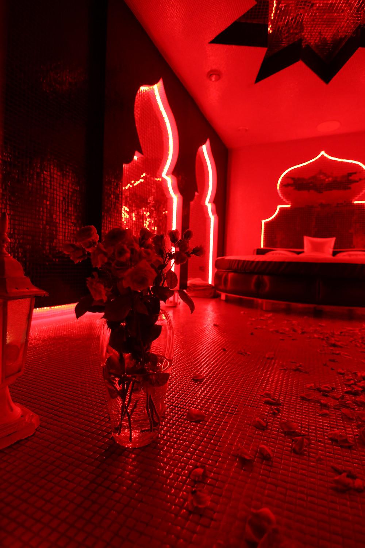Альтечо, романтический ужин в бассейне 16