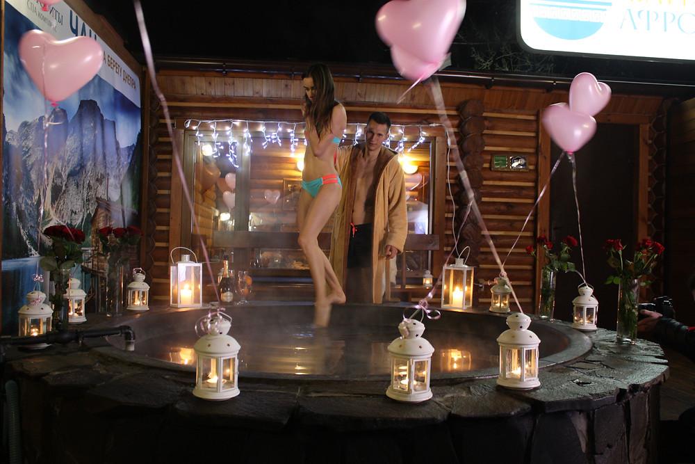 Романтический ужин  в горячем чане Афродиты, Киев, Альтечо