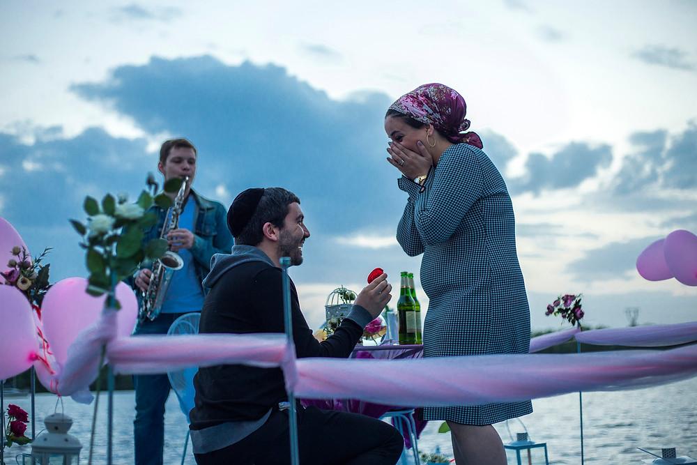 Ужин в необычном месте на плоту посреди залива, Киев, Сервис романтики Альтечо