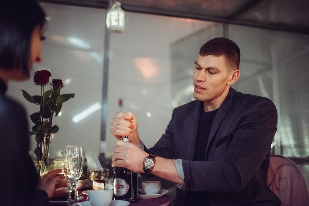 Подарить девушке романтический вечер, Киев, Альтечо