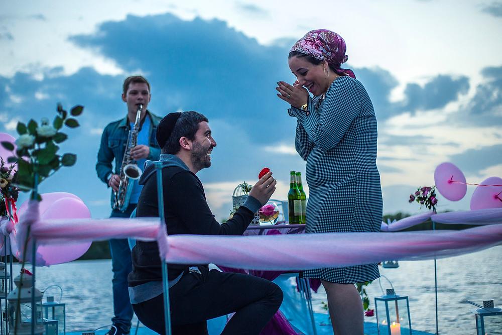 Предложение на плоту посреди залива, Киев, Сервис романтики Альтечо