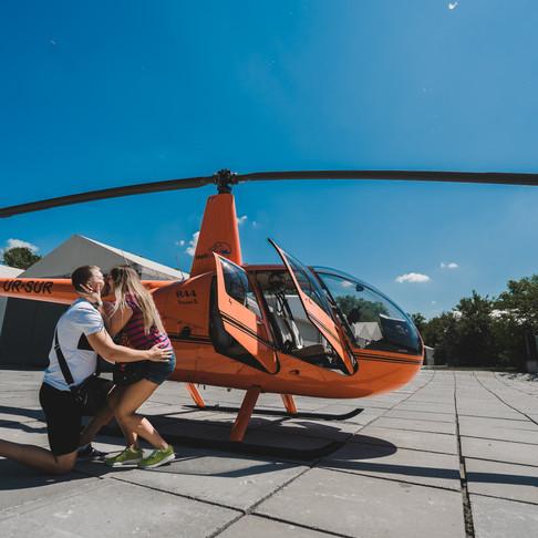 Предложение руки и сердца на вертолёте