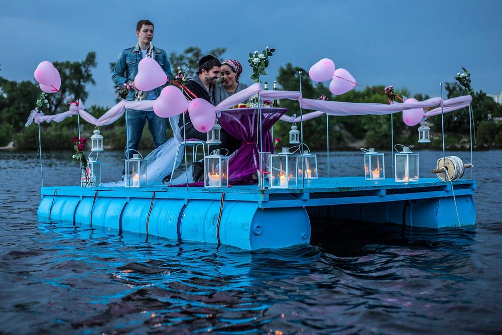 Романтика на плоту посреди залива, Киев, Сервис романтики Альтечо