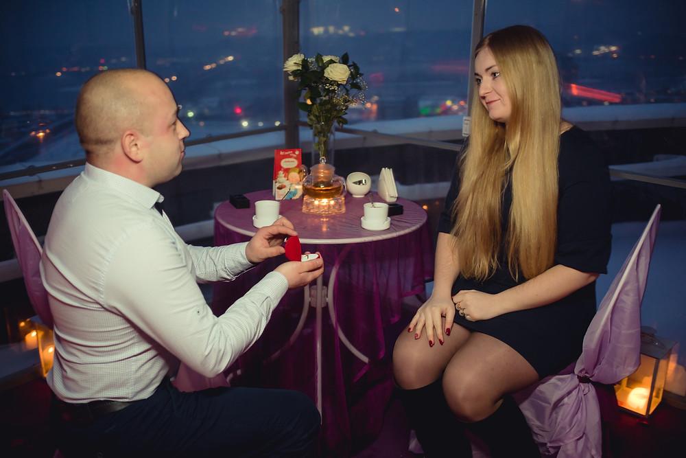 История предложения руки и сердца на крыше, Киев 6