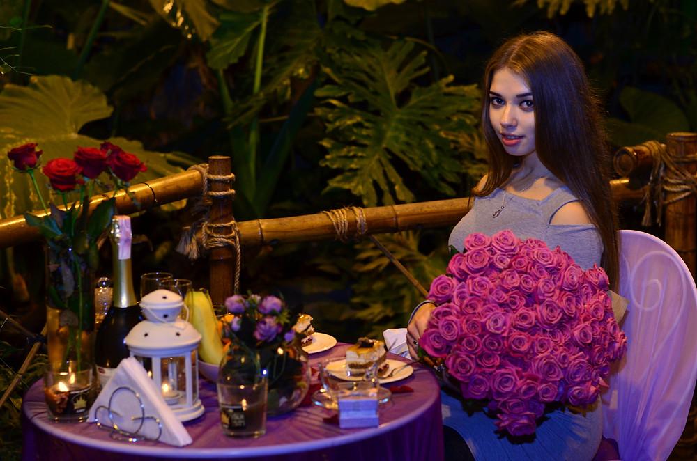 Романтика в ботаническом саду в оранжерее, Киев, Альтечо