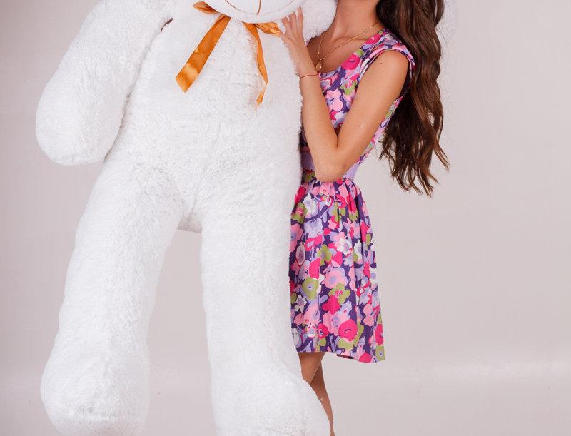 Белый плюшевый мишка Нестор 180 см с девушкой