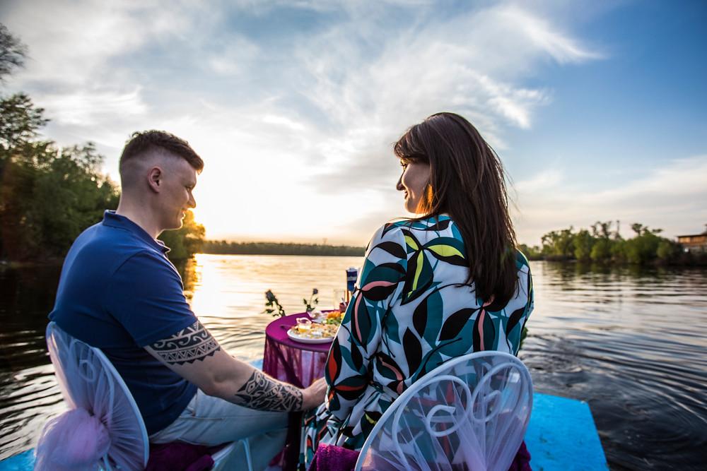 Романтический ужин на плоту, Киев, сервис романтики Альтечо 6