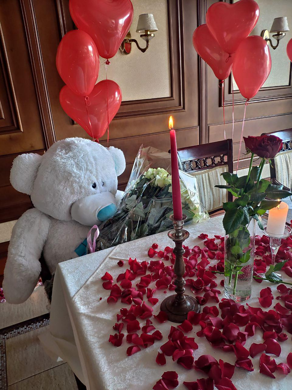 Романтический ужин в панорамном ресторане Киев