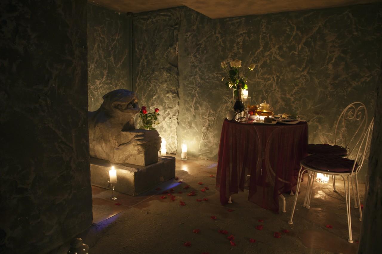 Романтический ужин в подземелье (5)