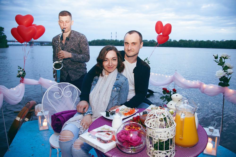Романтический ужин на плоту, Киев, Альтечо