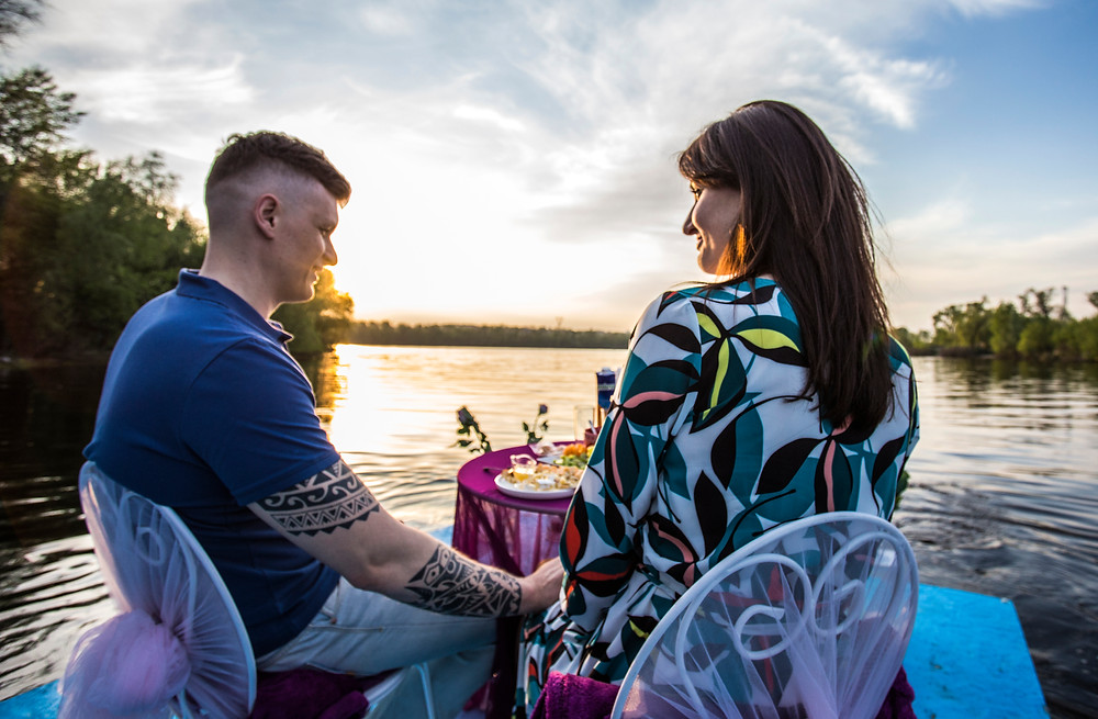 Романтический ужин на плоту, Киев, сервис романтики Альтечо 5