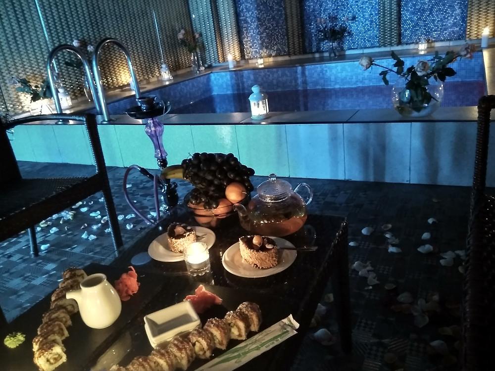 Романтический ужин возле бассейна от Альтечо, Киев