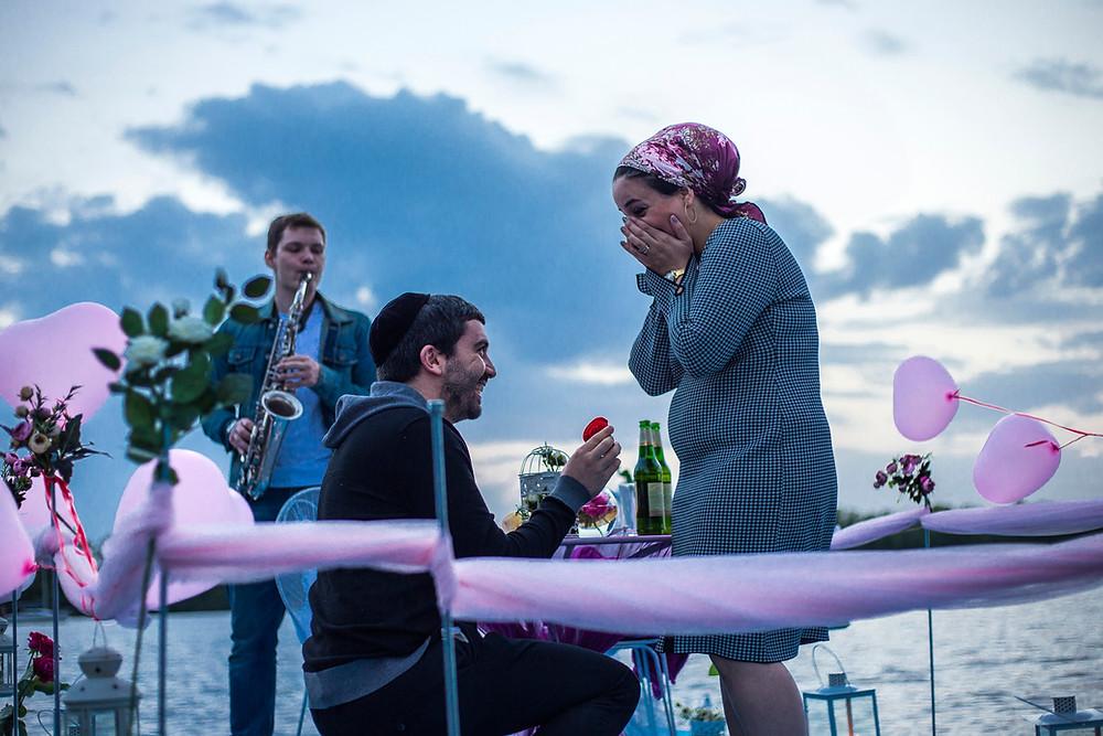 Предложение руки и сердца на плоту посреди залива, Киев, Сервис романтики Альтечо