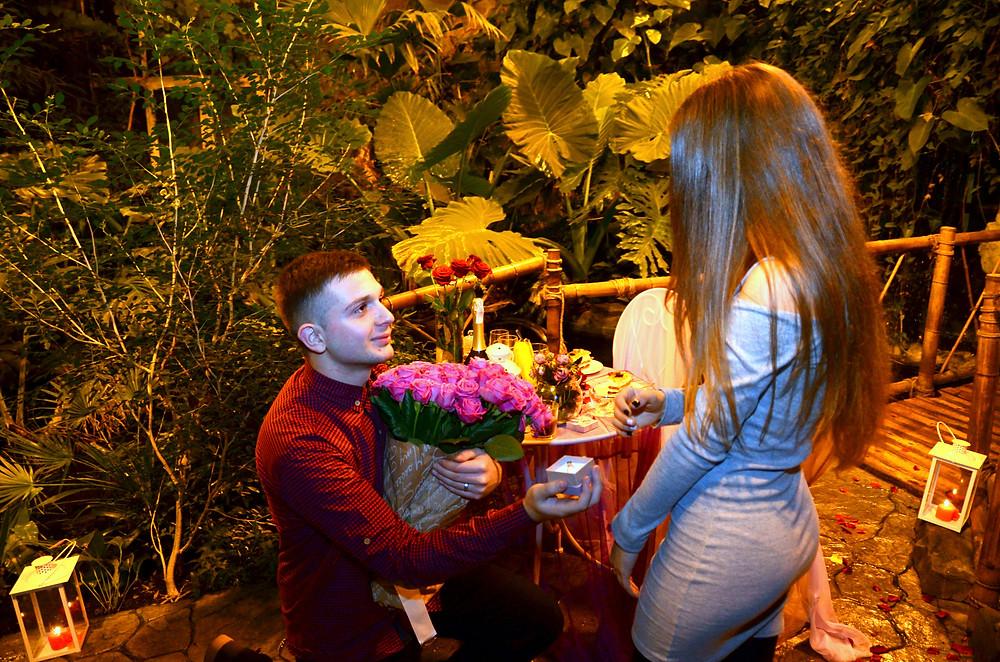 Сделать предложение девушке в необычном месте, Киев, Альтечо