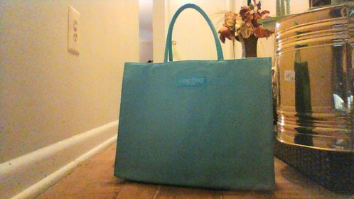 This Is A Beautiful Lancome Bag Its Tiffany Blue Colour Asking Price 10 00