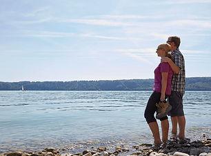Wandern am See.jpg