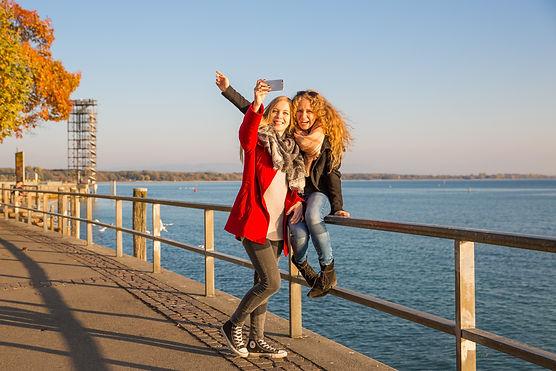 Uferpromenade (c) Tourist-Information Fr
