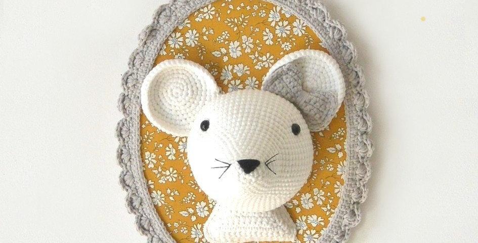 Trophée souris Liberty moutarde/Gris
