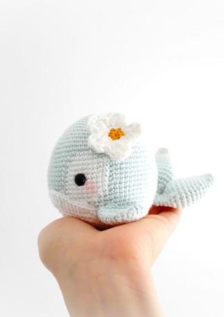 Kit Avril le Baleineau au crochet, amigurumi pattern au crochet
