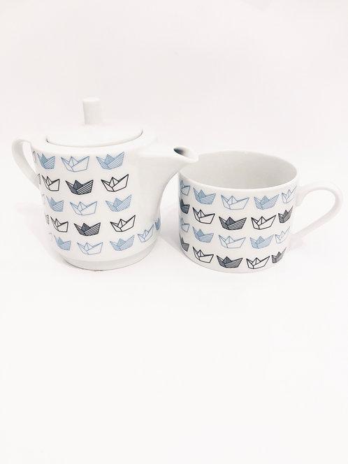 Tea set (pot & cup)