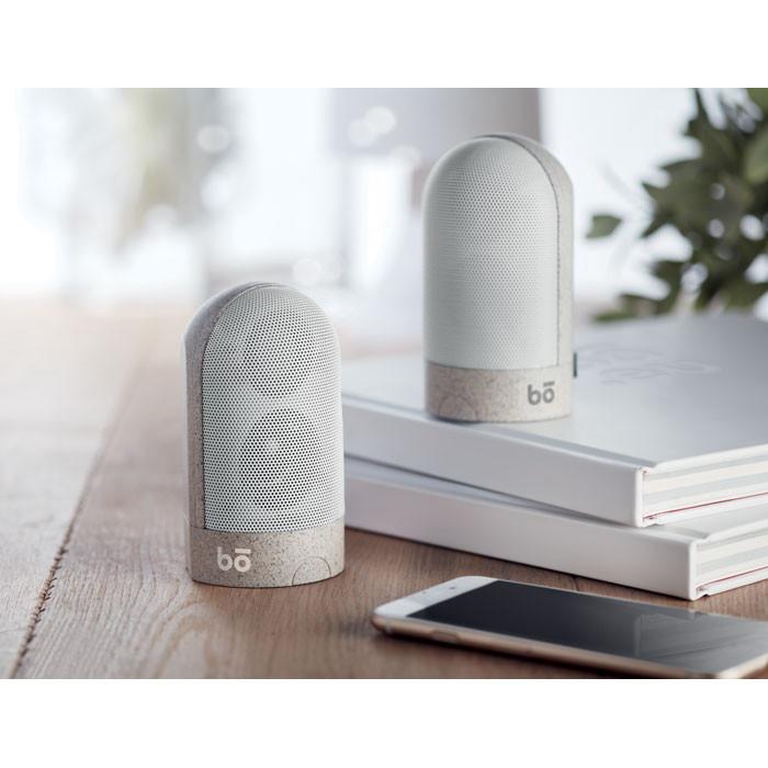2 magnetic bluetooth speakers