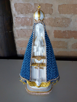 Nossa Senhora Aparecida, com pedras Azul