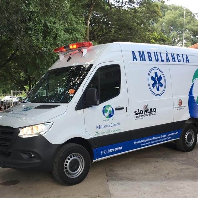 Ambulância equipada