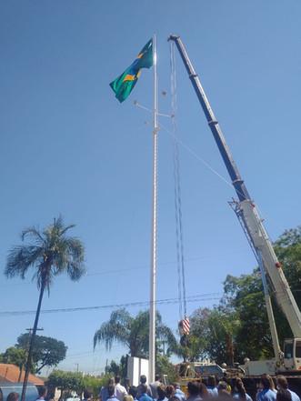 Hospital Mahatma Gandhi realiza cerimônia de Troca da Bandeira Nacional