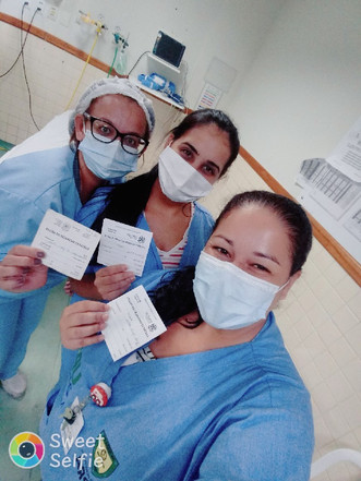 Serra-ES: Profissionais da Upa de Carapina recebem vacina contra COVID-19
