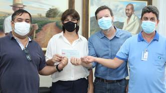 """Middia Magazine faz doação ao Hospital Mahatma Gandhi com a campanha """"Mulheres de Sucesso""""."""