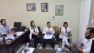 Especialista em saúde mental realiza debate com equipe técnica do Hospital Mahatma Gandhi