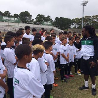 Clinica de Futebol 'By Tinga' foi completo sucesso...