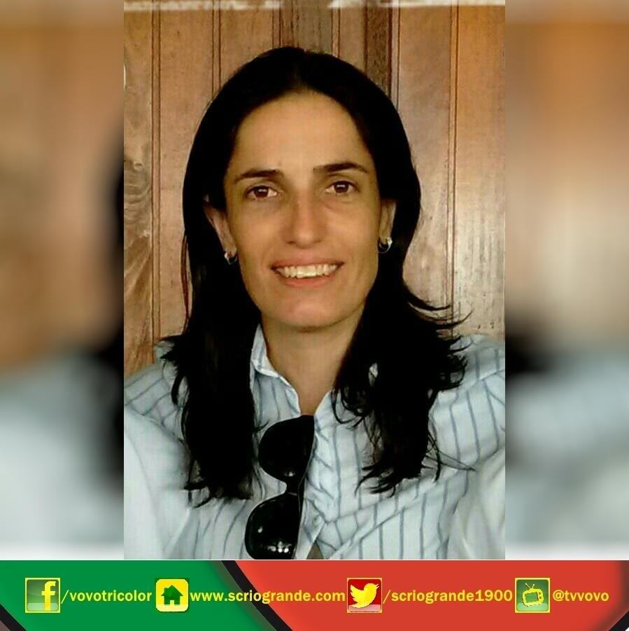 Alessandra Aredes da Silveira