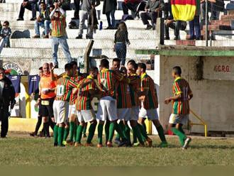 Vovô do futebol brasileiro aposta na juventude do Rio Grande