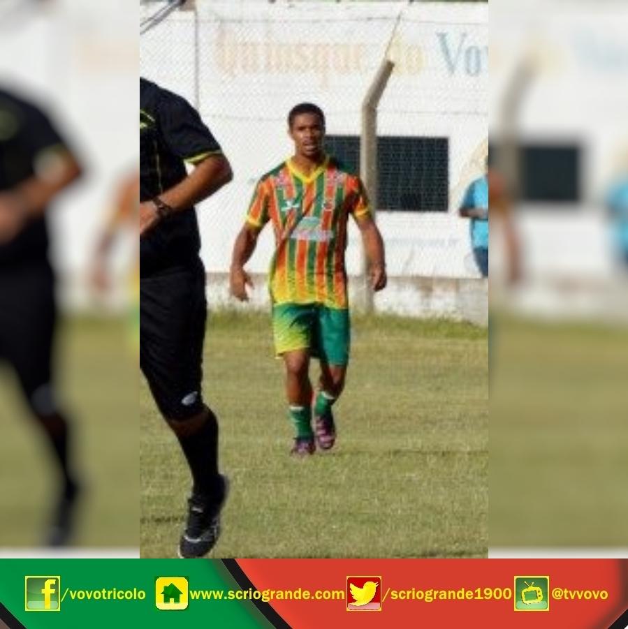 Bruno Teixeira - Meio campista