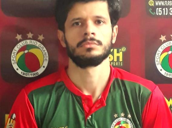 Vinicius Cruz - Fisioterapeuta.jpeg